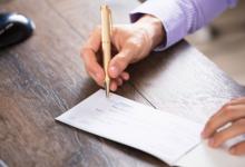 تصویر قانون جدید چک؛ نحوه کشیدن و گرفتن چک چه تغییری کرد؟
