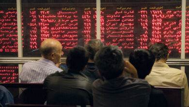 تصویر فیروزی پوربادی: دولت جلوی پایمال شدن اعتماد مردم به بازار بورس را بگیرد