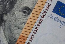 تصویر قیمت دلار دوشنبه ٣١خرداد ١۴٠٠ به ٢٣ هزار و ۶١٢ تومان رسید