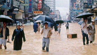 تصویر طوفان شدید معاملات صبح بورس هنگ کنگ را تعطیل کرد