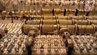 تصویر به دنبال افزایش قیمت دلار در بازار آزاد، قیمت طلا و سکه بالا رفت.